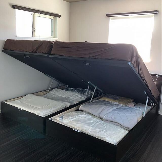 跳ね上げ式収納ベッド事例